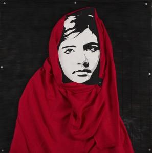 Marcello Reboani, Malala Yousafzai, cm 125x 125 , legno, smalti, lino, rondelle, 2013 ph Giorgio Benni