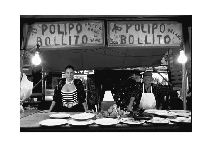 Monica Bellucci nella foto di Ferdinando Scianna